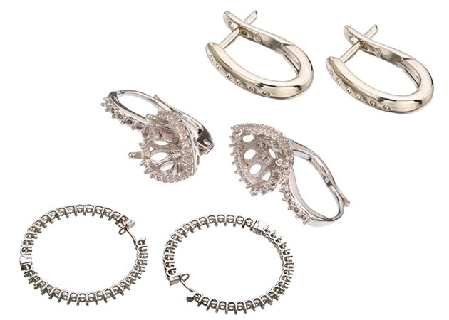 Picture for category DIAMOND HOOP EARRINGS