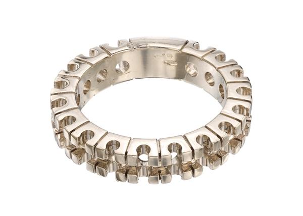 Round Cut Wedding Ring