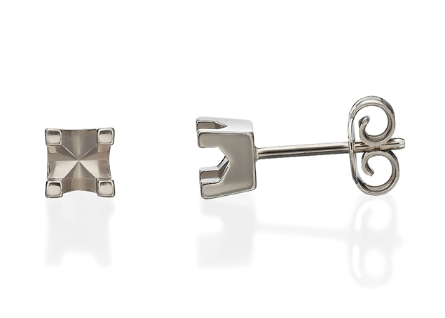 Stud Basket Diamond Earrings