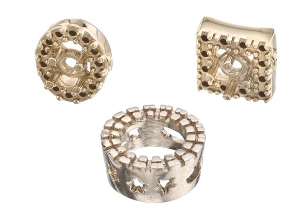 Picture for category Diamond Bezel Pendant