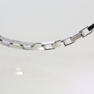 Picture of Flat Anchor Chain Rodium Plated 6.4x3.4mm